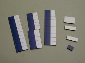 Satz Kippmagnete für Stundenplan, halb dunkelblau/ halb weiß